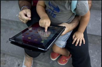 Los niños pequeños necesitan que los padres los acompañen en la red Pedro Madueño